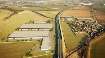 In Panattoni Park Prague Airport II, the logistics company Panalpina has opened a MAHLE distribution center for Eastern Europe and Germany